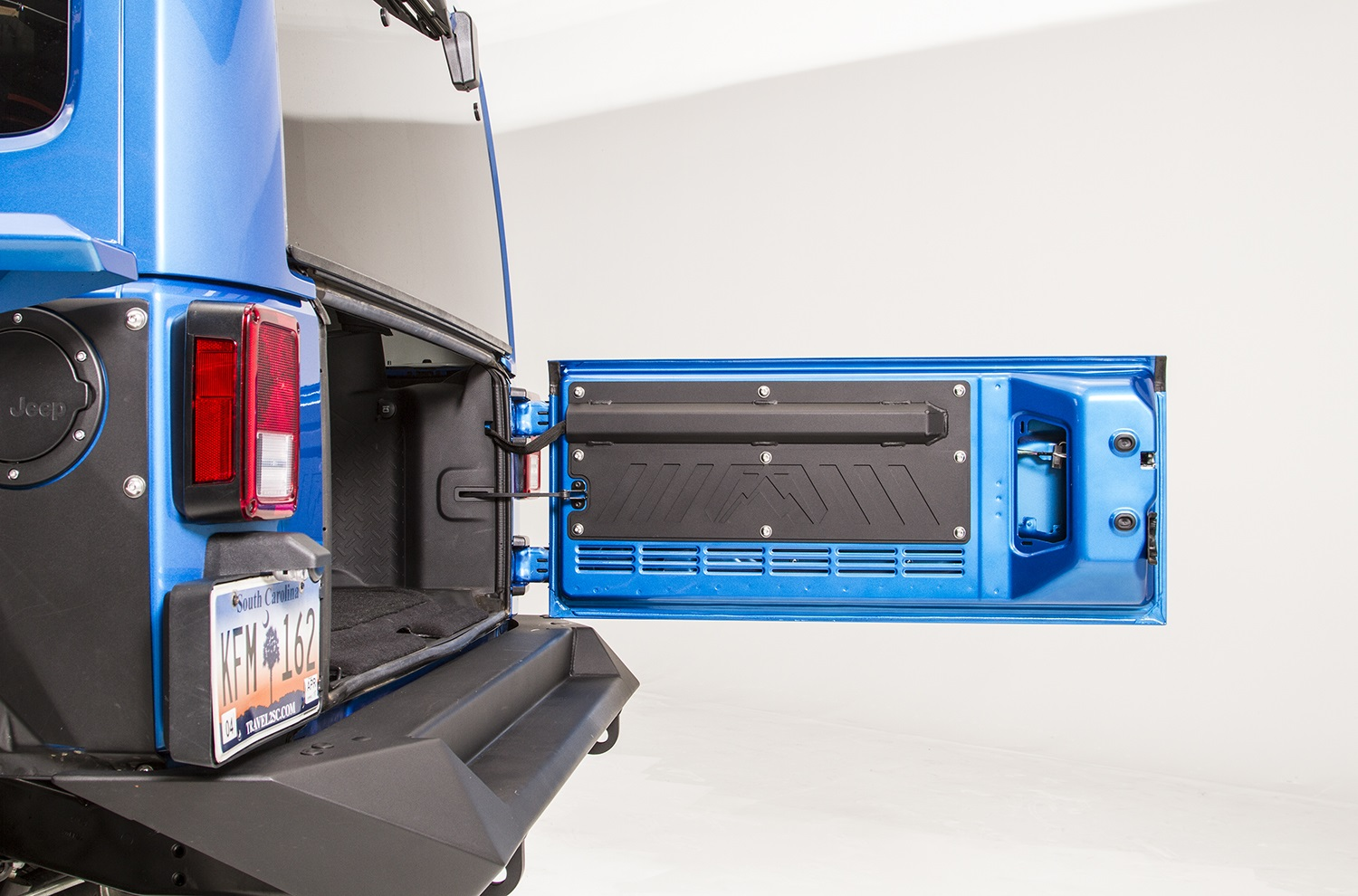 Fab Fours Tailgate Liner